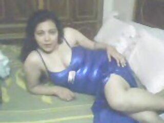 بیوی میں عرب رقص ایک sauna ہندی bf شہوانی ، شہوت انگیز ایچ ڈی